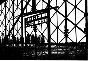 Arbeit macht frei -Eingangstor zur KZ-Gedenkstätte Dachau